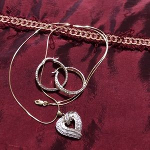 "18"" necklace w/heart pendant & matching earrings"